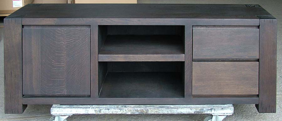 David Salmon Bespoke Cabinets and bookcases