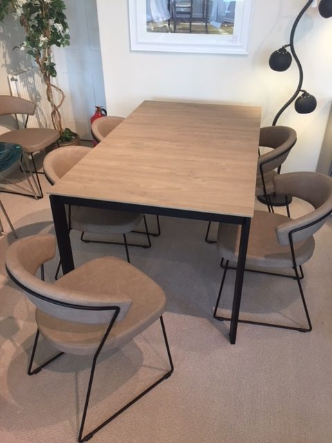David Salmon Eminence & 6 New York Chairs By Connubia.