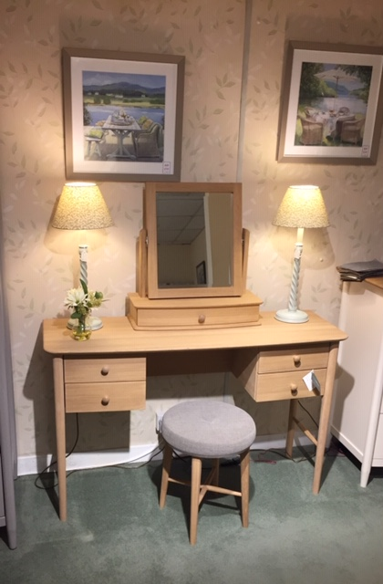 David Salmon Clovelly Dressing Table, Mirror & Stool