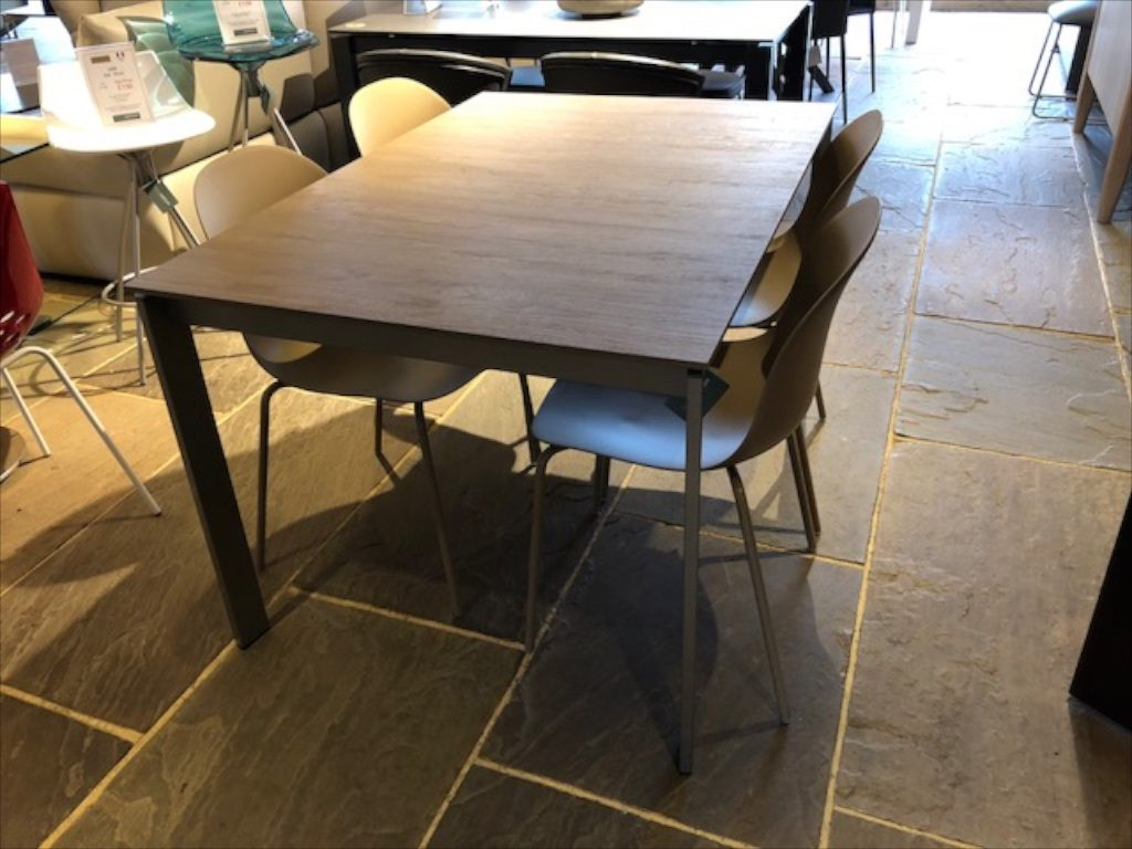 David Salmon Emminence Table with 4 chairs