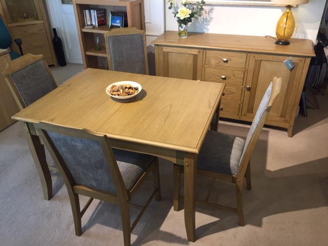 David Salmon Haven Extending Dining Table & 4 Chairs With Large Sideboard.