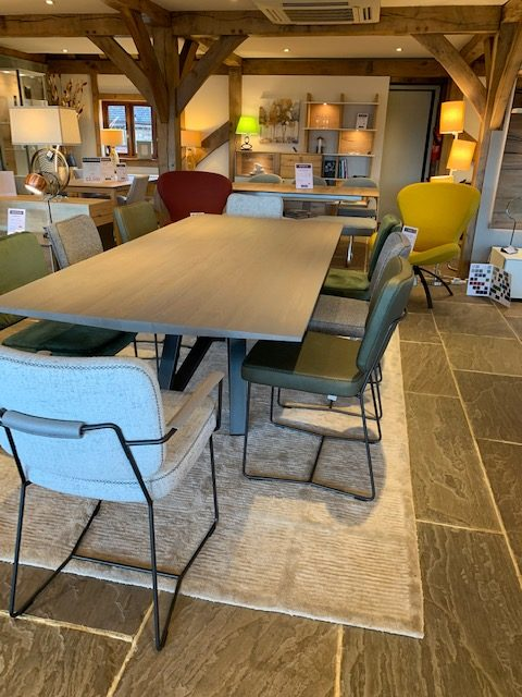 David Salmon Stella Table and 8 chairs