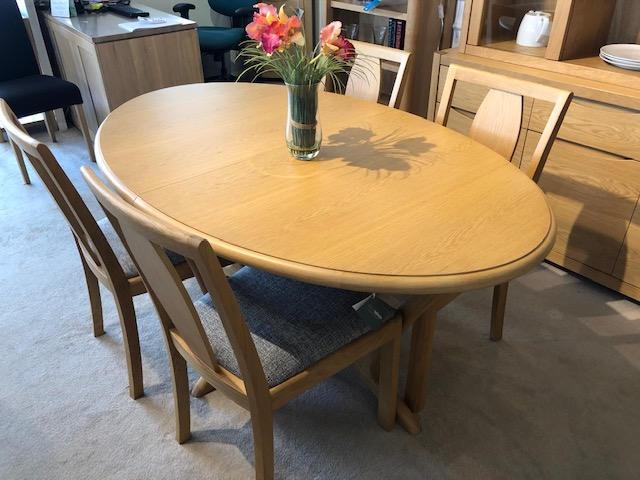David Salmon Stockholm Oval Extending Table & 4 Chairs