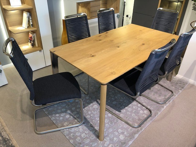 David Salmon Sao Extending Dining Table & 6 Jule Chairs